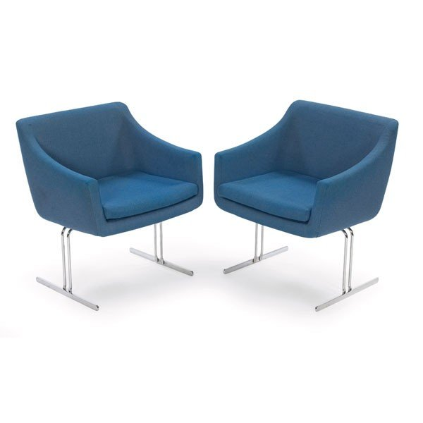 1019: Hugh Acton lounge chairs, pair, Vecta Group