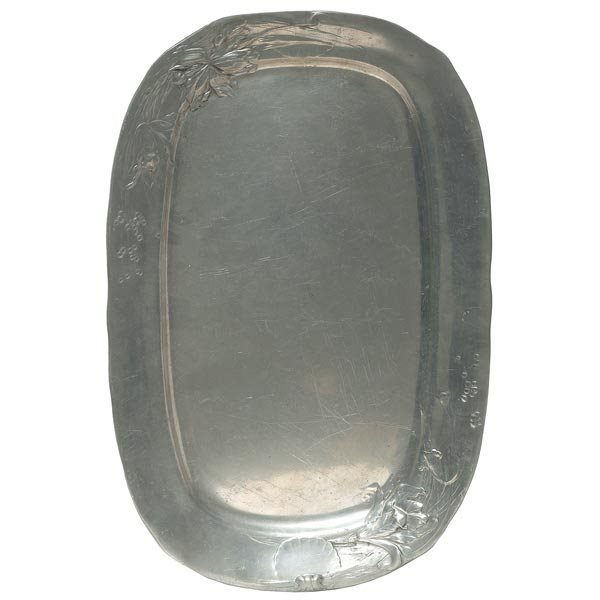 014: Kayserzinn tray, oval form in pewter