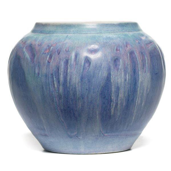 021: Newcomb College vase, bulbous form