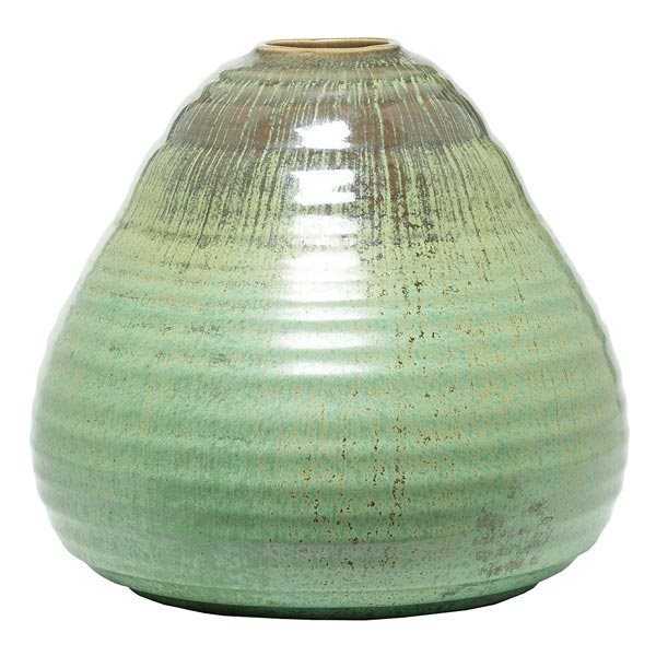 022: Cowan vase, ribbed tapered shape