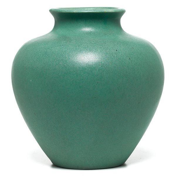 023: Teco vase, designed by W.D. Gates