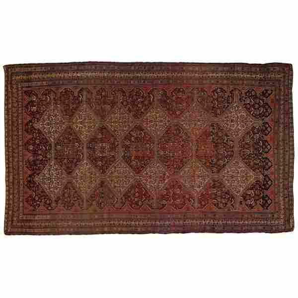 441: South Persian rug, large, diamond design