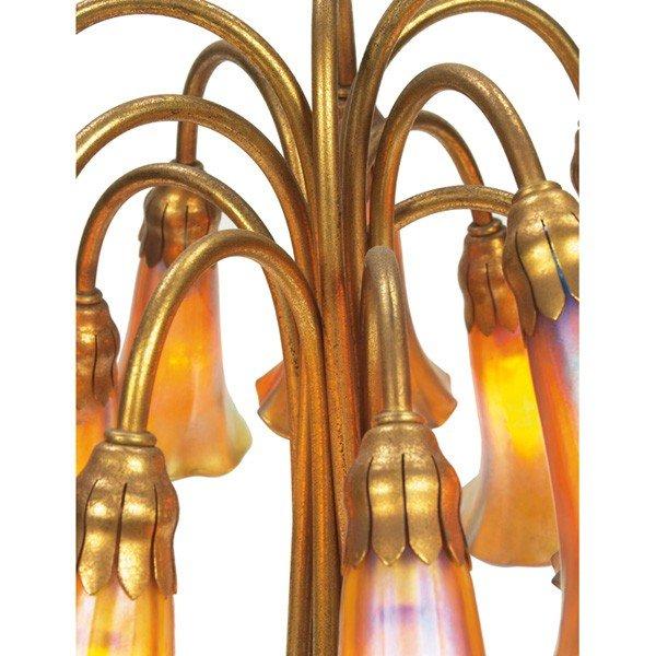 426: Tiffany Studios twelve-light lily lamp - 3