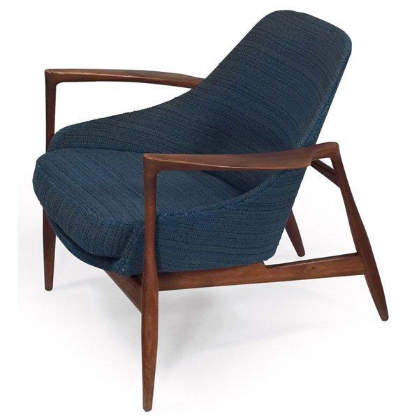 933: Ib Kofod-Larsen Elisabeth chair, by Christensen &