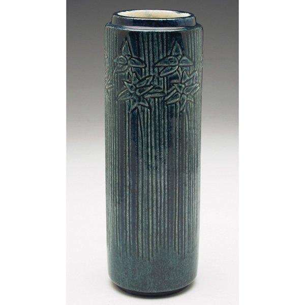 Newcomb College vase Henrietta Bailey