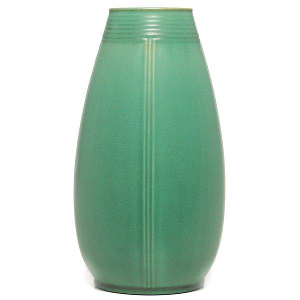 022: Teco vase, designed by Hugh Garden