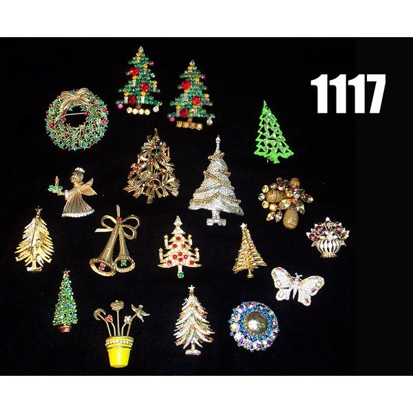 1117: Lot of Christmas Pins, Weiss, Coro