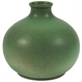 Teco, W.d. Gates (1852-1935), Designer Bud Vase, #52