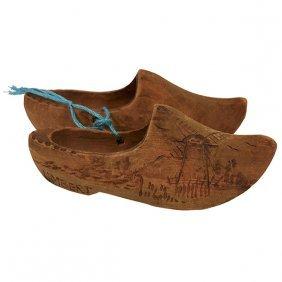 "Limbert Advertising Clog Shoes Display 1.5""w X 4""l"