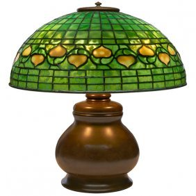 Tiffany Studios Leaf And Vine Table Lamp, Urn Base