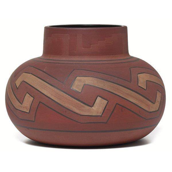23: Clifton vase, large bulbous form