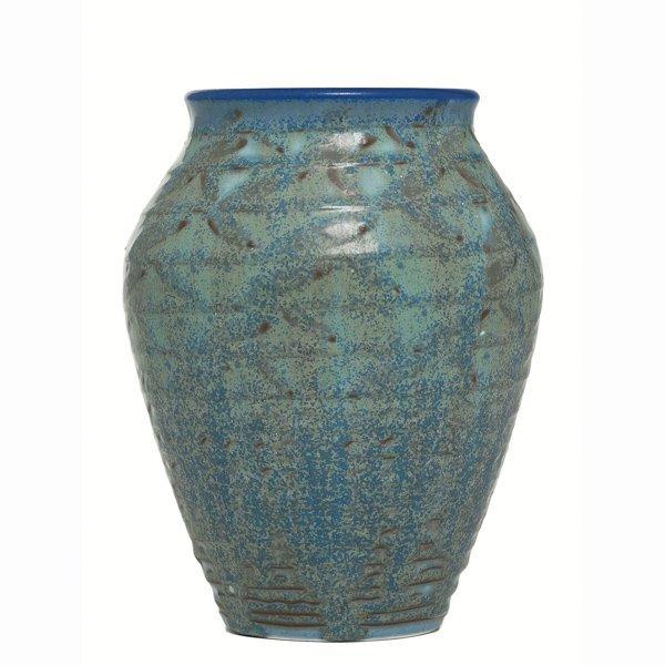 1507: Rookwood vase, swollen form, William Hentschel