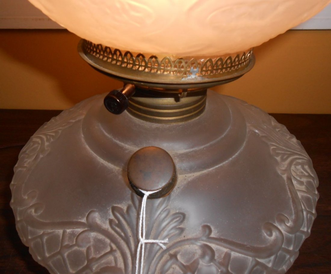 Antique Satin Glass Gone With The Wind Lamp - 5