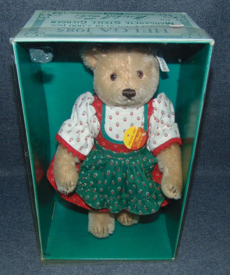 "Vintage Steiff Bear ""Helga"" in Original Box #0278/28"