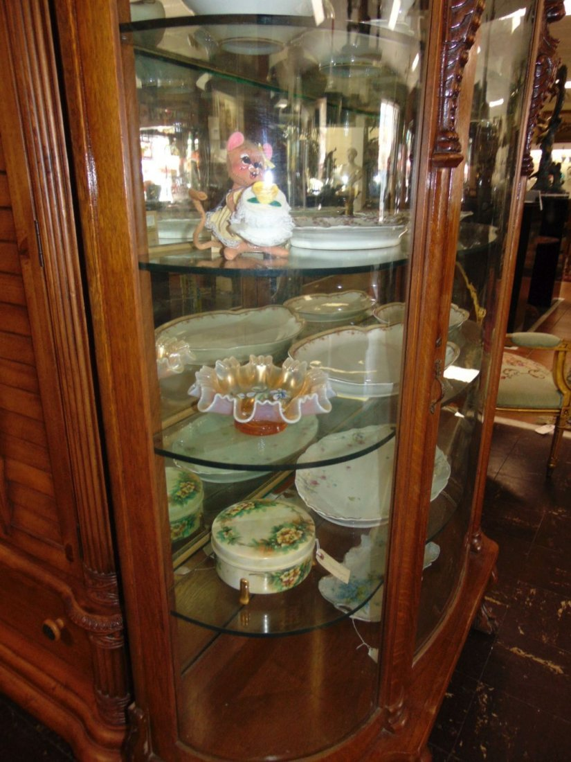 Antique Carved Oak Bow Front China Cabinet - 3