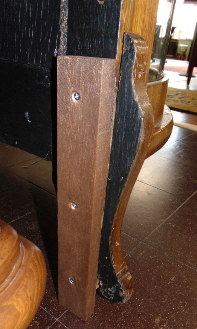 Antique Carved Oak Bow Front China Cabinet - 8
