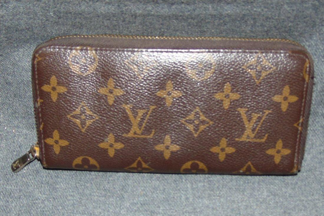 73fe8ec0ac2 Vintage Louis Vuitton Monogram Zip Around Wallet