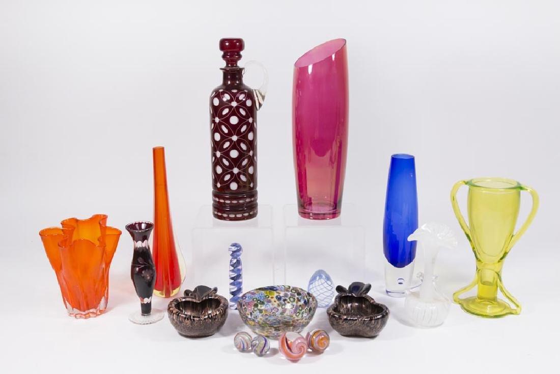 Lot of 17 Venetian & Modern Glass Pieces