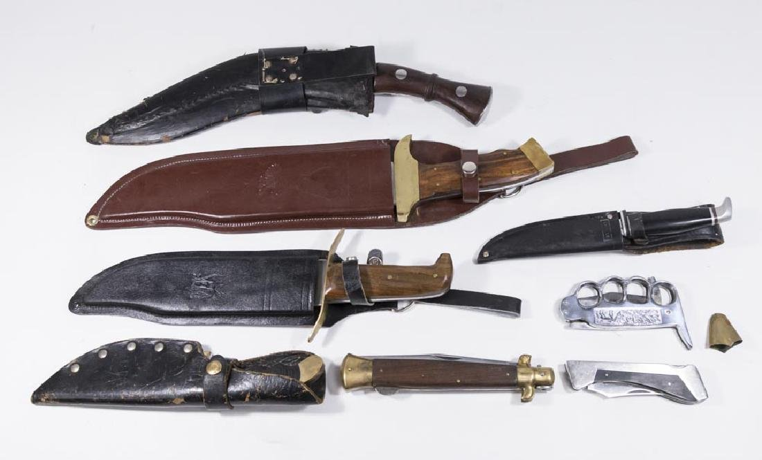 Lot of 9 Knives