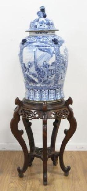 :Chinese Canton Porcelain Covered Urn & Pedestal