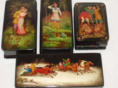 150: FOUR HANDPAINTED RUSSIAN LACQUER BOXES.