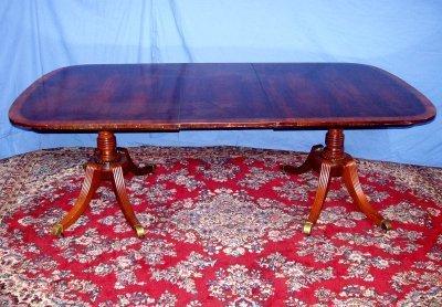 496: SHERATON INLAID MAHOGANY DINING ROOM TABLE