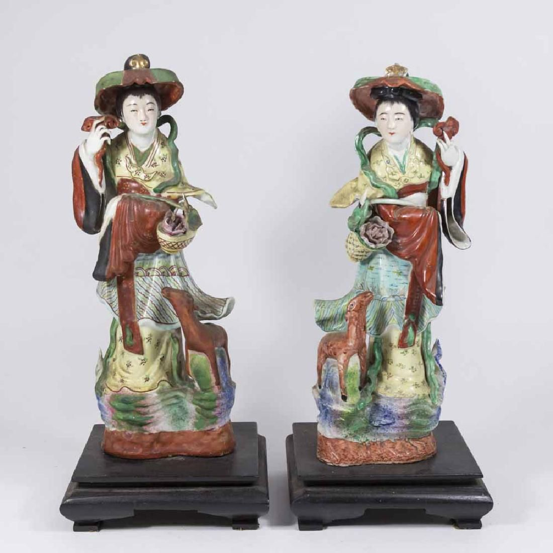 Pair Early 20th Centur Japanese Women Figures