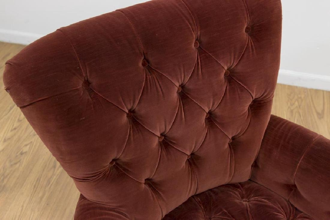 Victorian Style Red Velvet Tufted Armchair - 3