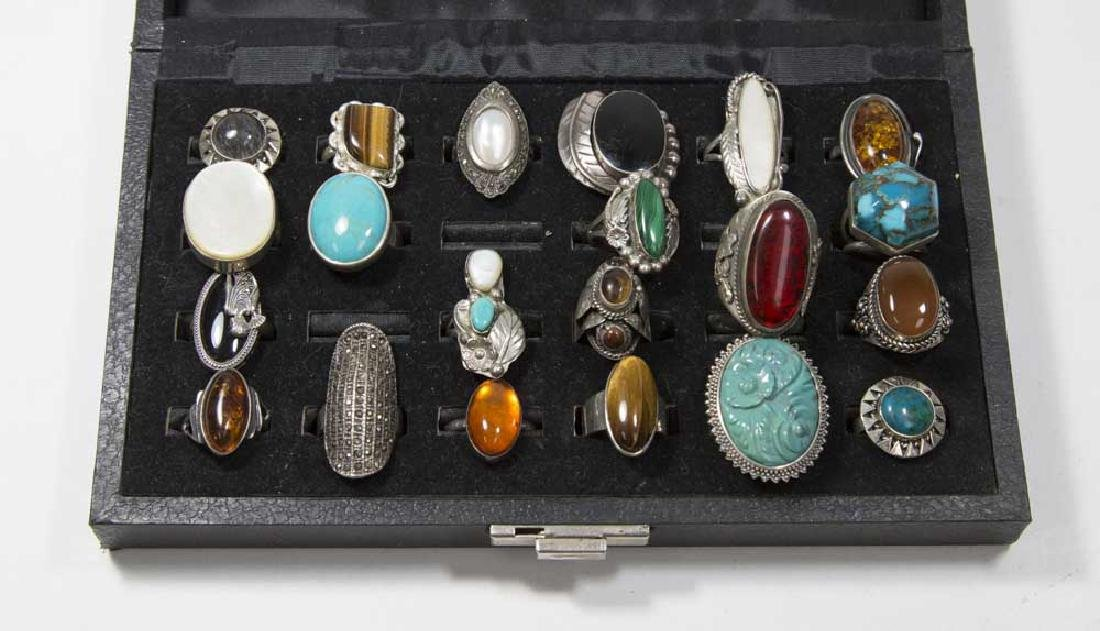 Lot 21 Sterling Silver Rings