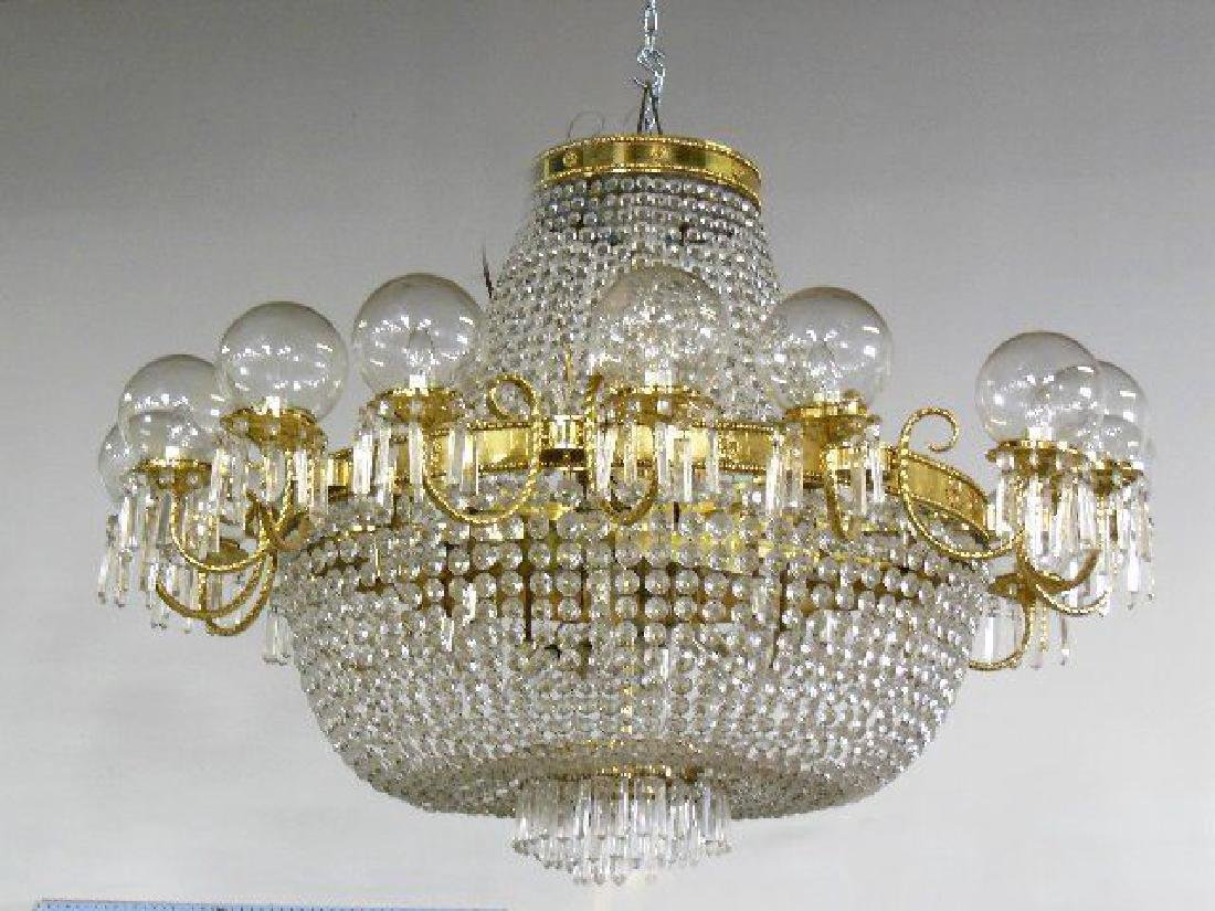 :Chandelier with Crystal Basket & Round Bowls