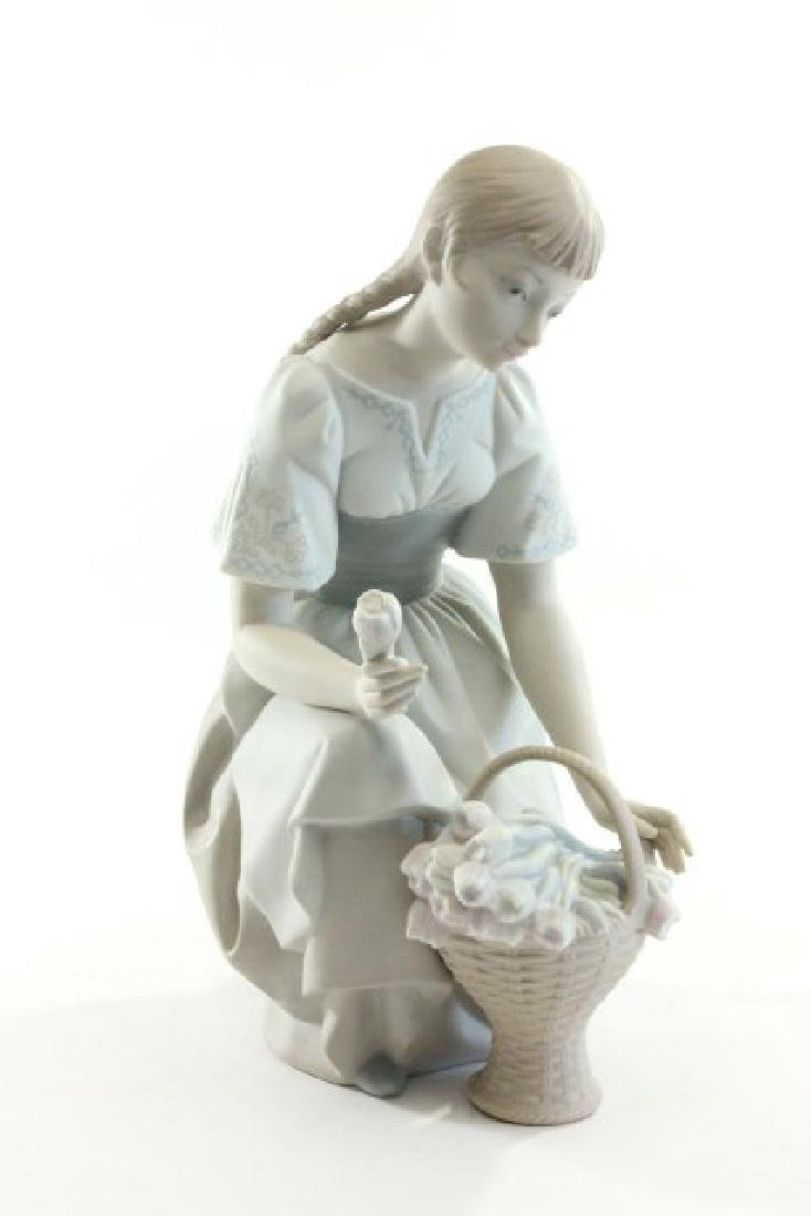 Lladro Porcelain Young Girl with Basket of Flowers