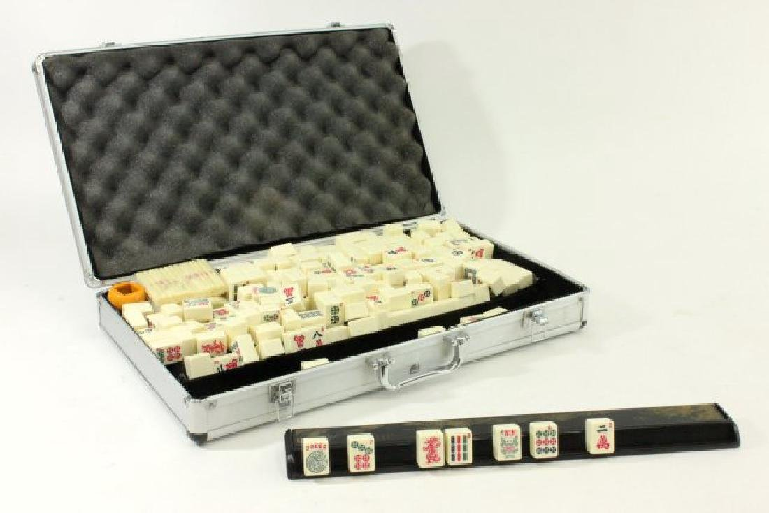 Mahjong Set in Aluminum Case
