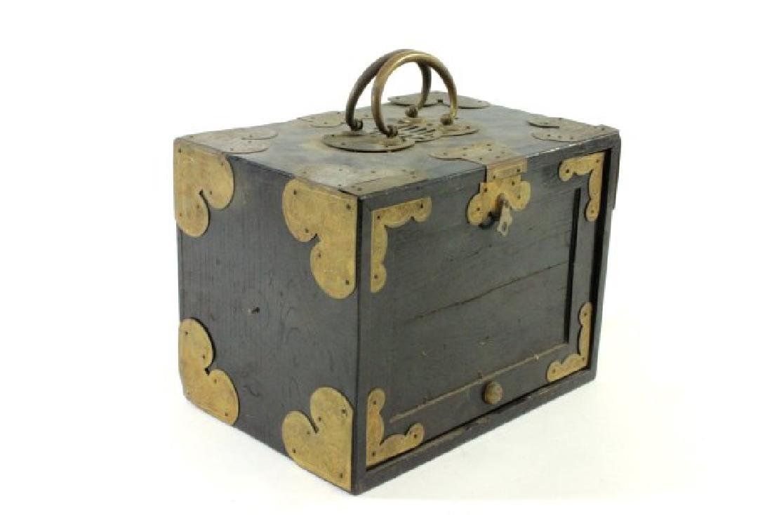 Mahjong Set in Wooden Brass Mounted Case - 3