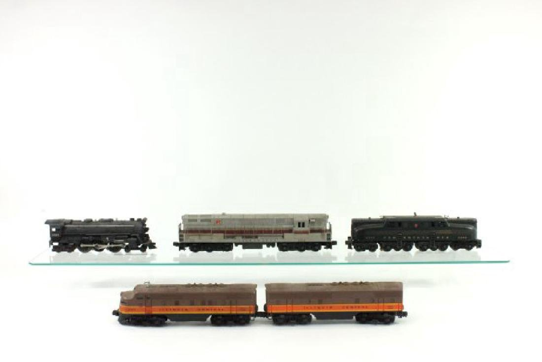 Lot of 5 Lionel Engines & Cars