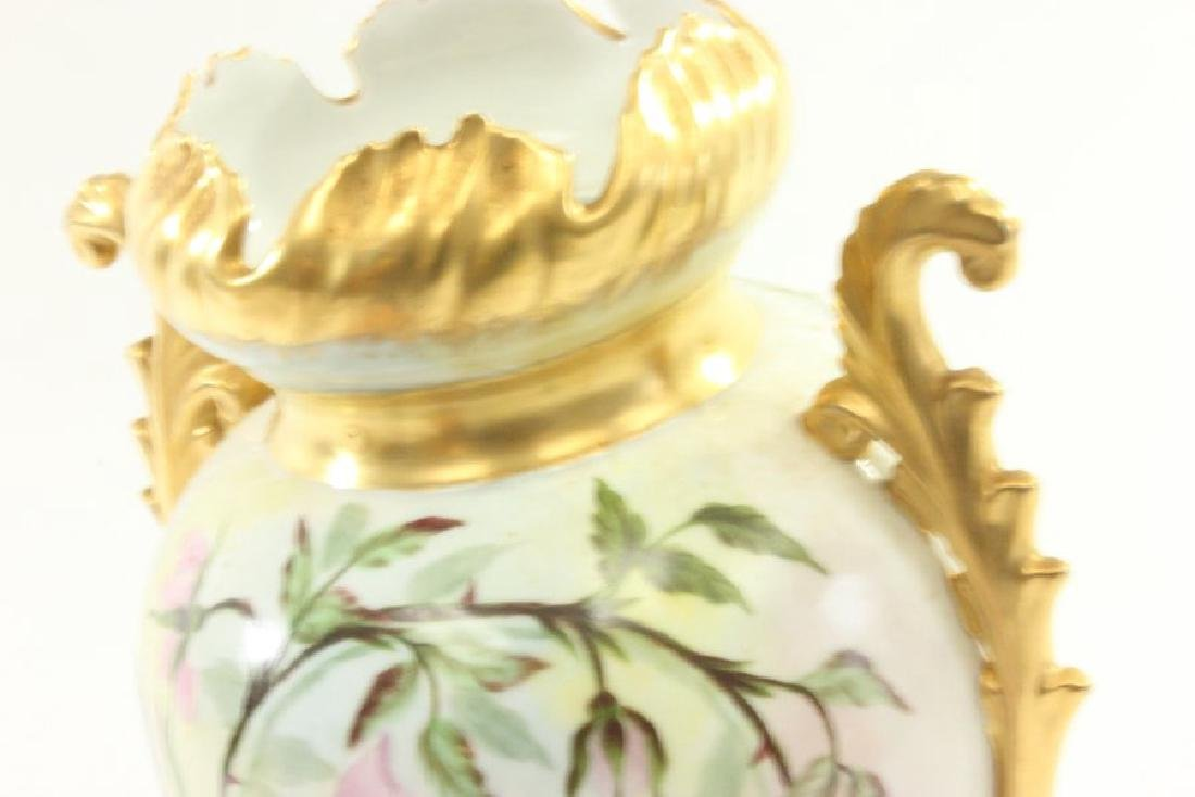 Lot of 4 Porcelain Pieces - 6