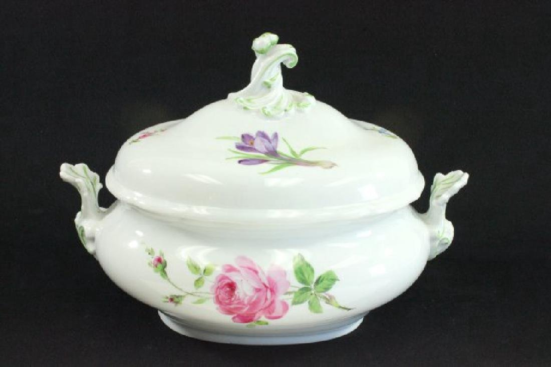 Floral Handpainted Meissen Covered Tureen - 3