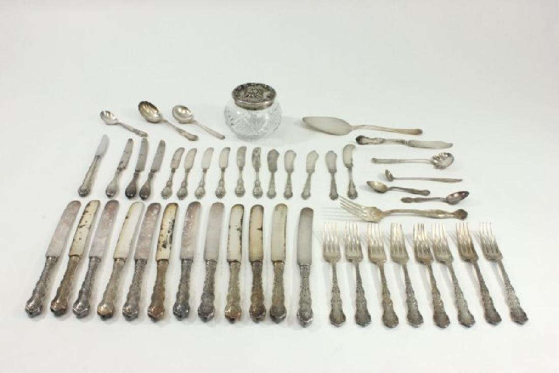 Lot of Silverplated Flatware Pieces