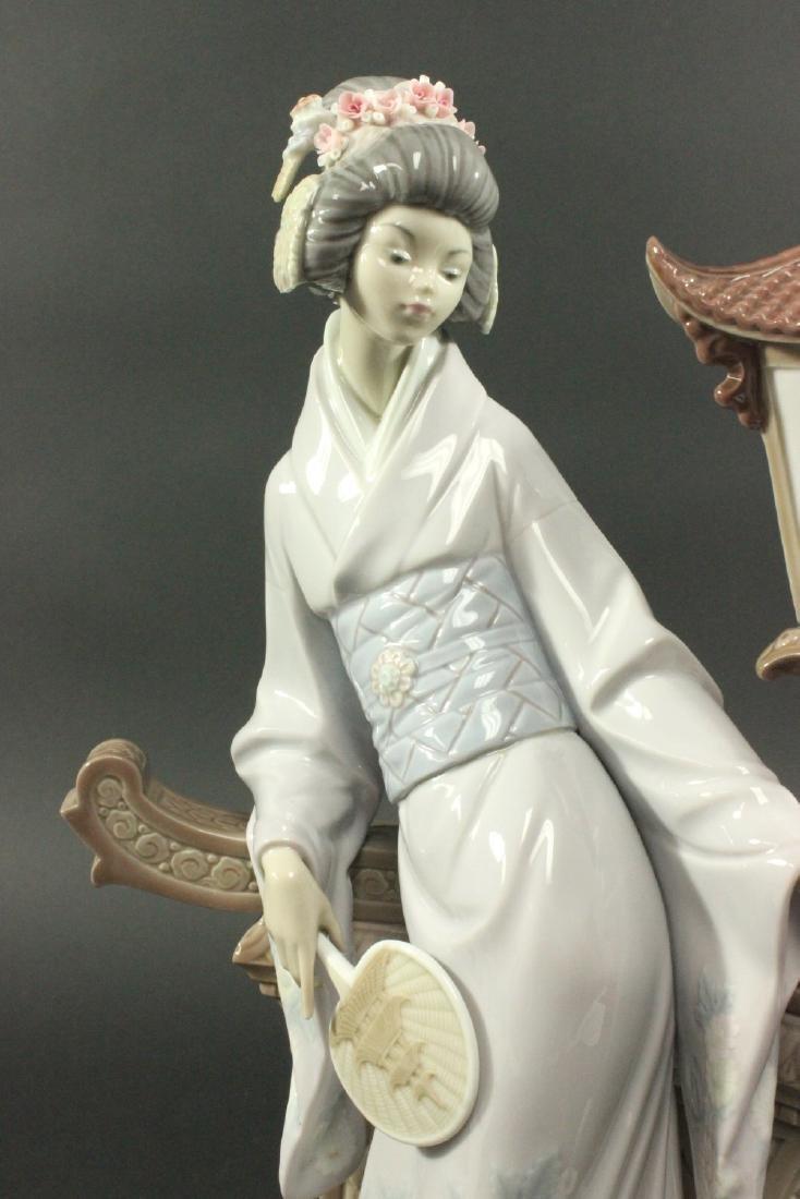 """Lladro """"Mariko"""" #1421 Porcelain Figurine - 3"""