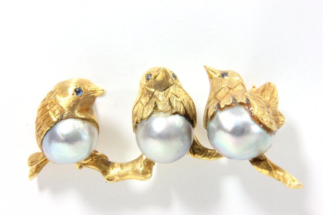 Italian 18K Yellow Gold & Pearl 3 Chick Pin