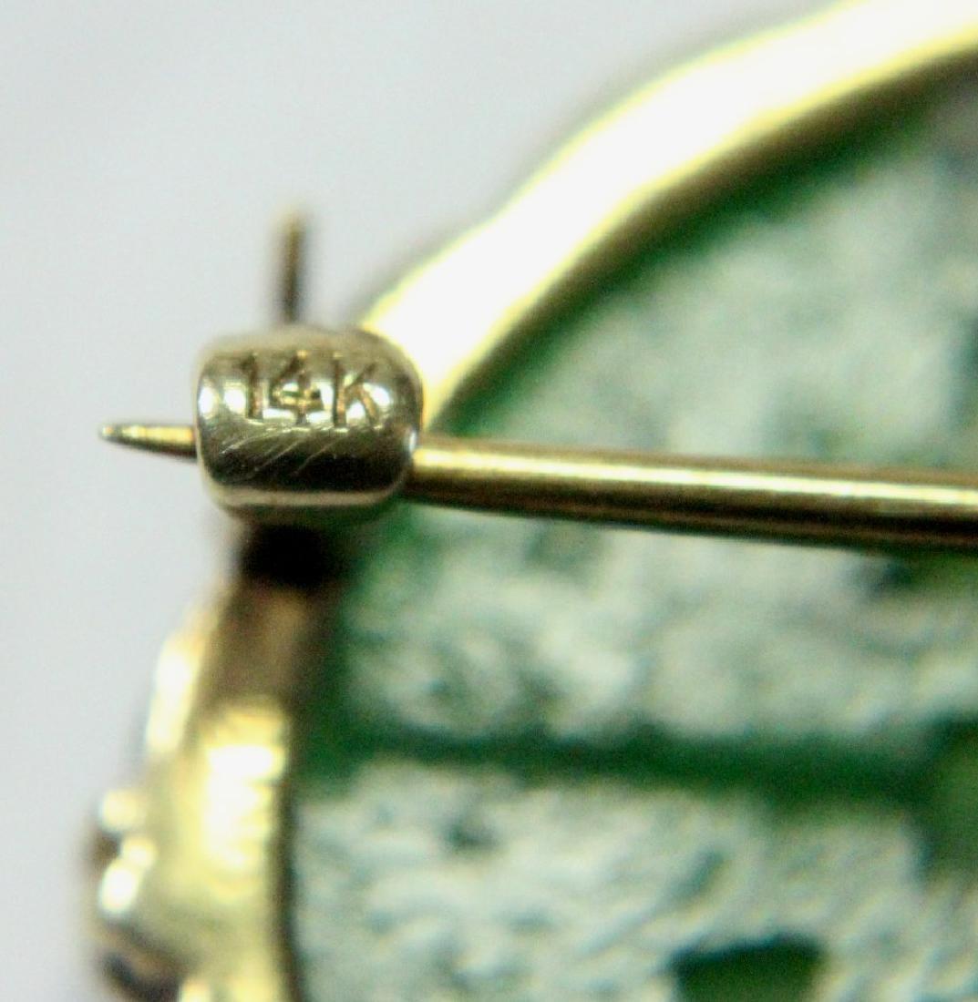 Carved Jade & Gold Brooch - 3