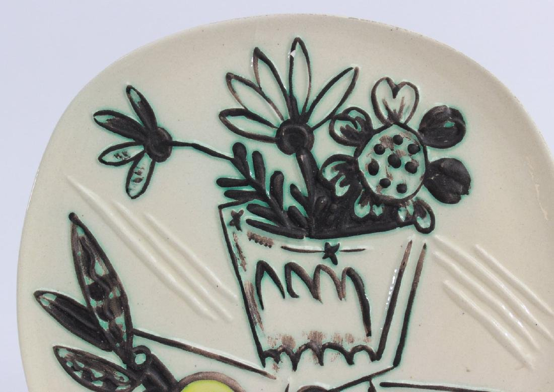 """Pablo Picasso Plate, """"Bunch with Apple"""" - 2"""