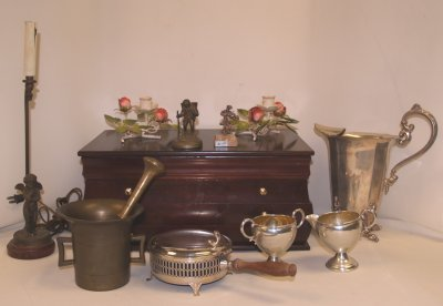 9: GROUP LOT FIGURES, METALWARE & MORE.