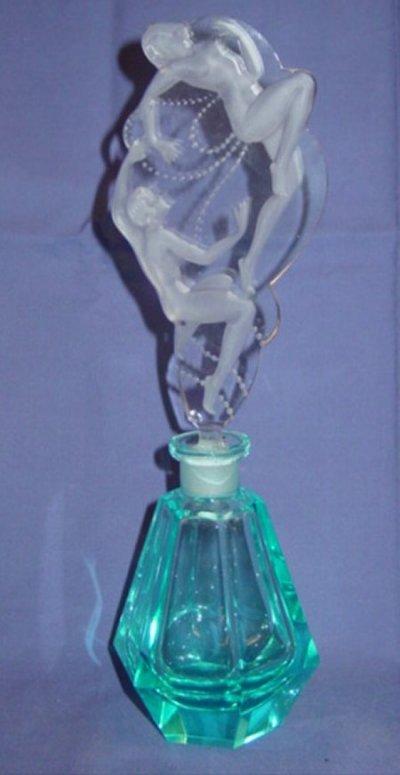559: ART DECO STYLE PERFUME BOTTLE