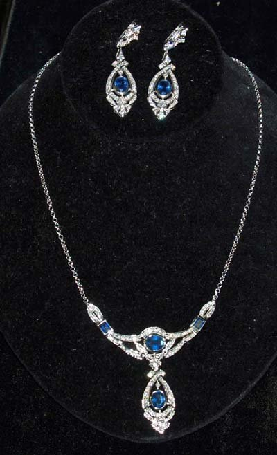 614A: JEWELRY. SAPPHIRE & DIAMOND NECKLACE & EARRINGS S