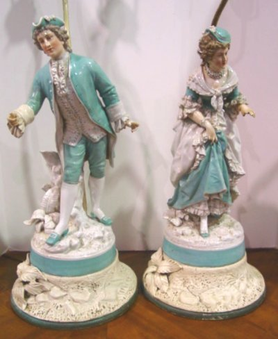 624: PAIR 19TH C. PORCELAIN FIGURES MOUNTED AS LAMPS