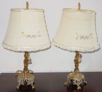 26: PAIR BRASS LAMPS