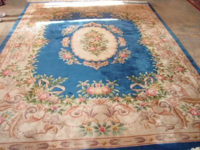 500: LATE 20TH C. SCULPTED BLUE CHINESE AREA RUG