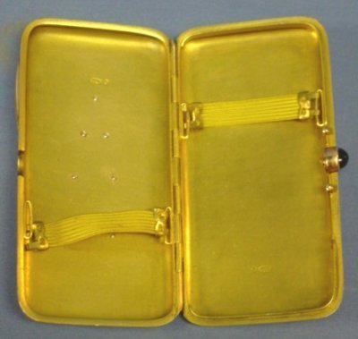 589: 19TH C. RUSSIAN LADIES GOLD JEWELED CIGARETTE CASE - 2