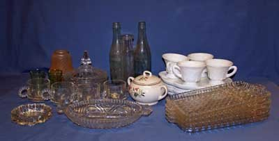 10: BOX LOT ASSORTED GLASSWARE