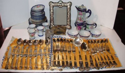 26: ASSORTED LOT OF ANTIQUES TEASET, FRAME, BOXES